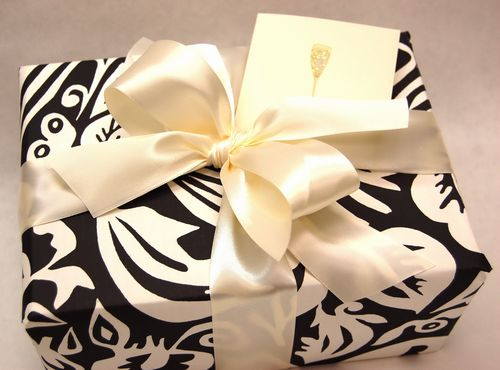 holiday 2010 gift wrap ideas