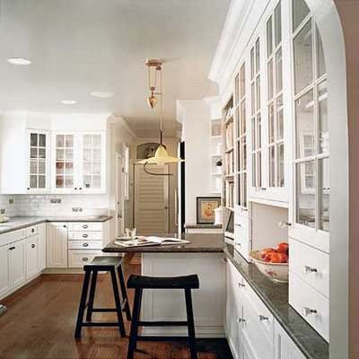 White Kitchen Designs on Decor  Splashes Of White Kitchen Design   Www Rawsilkandsaffron