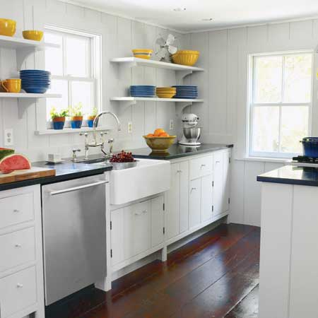 Apartment galley kitchen decorating ideas afreakatheart for Small white galley kitchen ideas