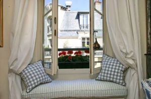 the inspiration of window seats in decor