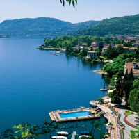 italy vacation hot spot - lake como