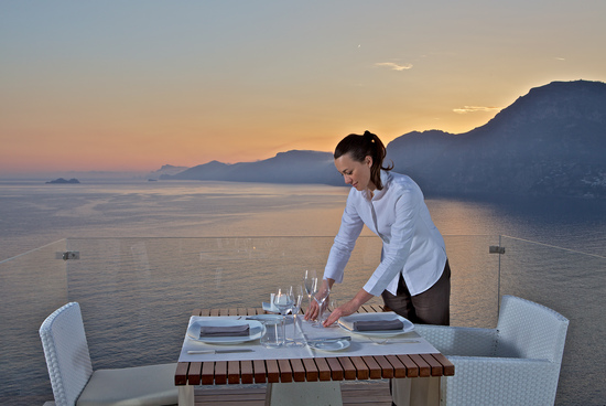 large_gallery_hunapca_48160458_other_hotel_services_amenities_550x368_72dpi