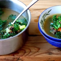 healthy recipe: french lentil kale soup
