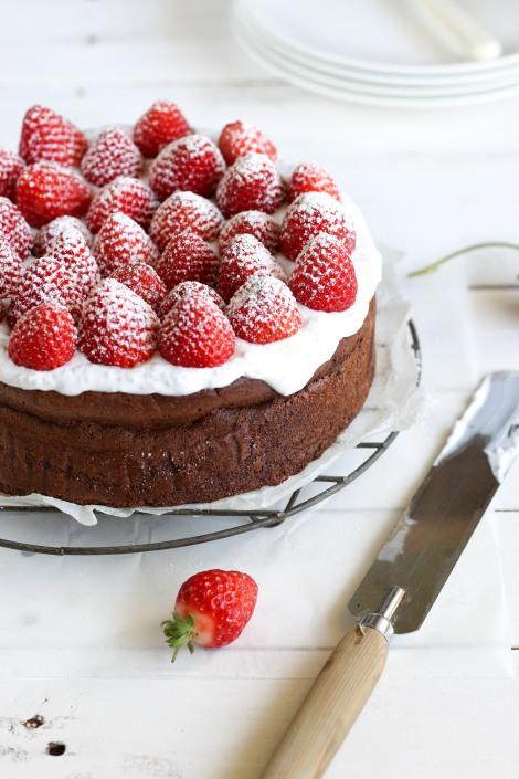 Flourless-Chocolate-Cake-7