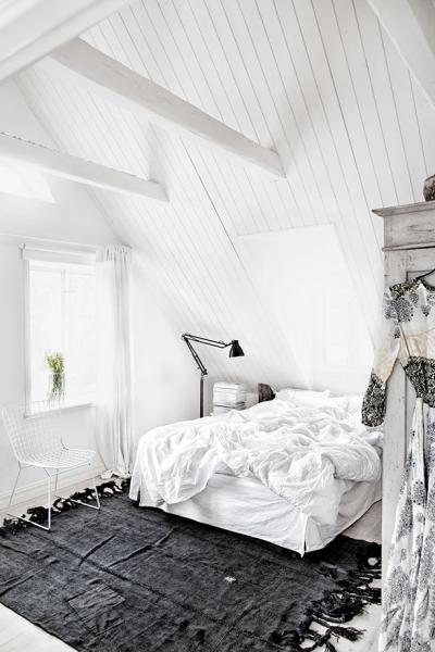79ideas_white_bedroom_grey_rug