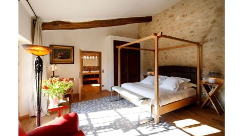 54bc116cd6a24_-_ymoons-la-bastide-de-mousiters-provence-france-mr-mrs-smith