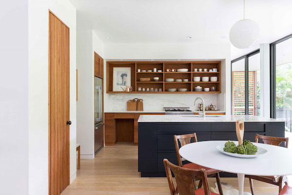 f5611-1_kitchen_credit-claudia-uribe