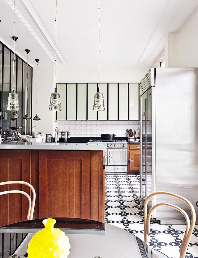 the-most-breathtaking-french-kitchens-we-want-to-cook-in-1702325-1458350750.640x0c