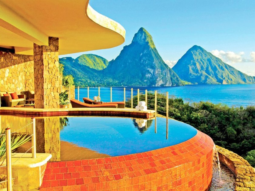 clifftop-hotels-10-Jade-Mountain-cr-courtesy