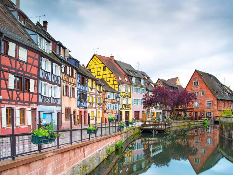 small-towns-france-Colmar-GettyImages-186950677