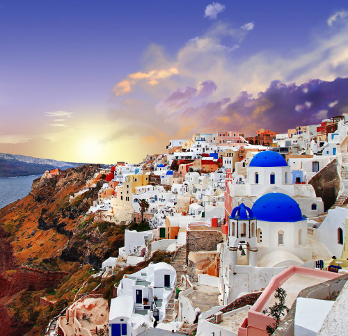 Santorini-Greece-3-1-500x483