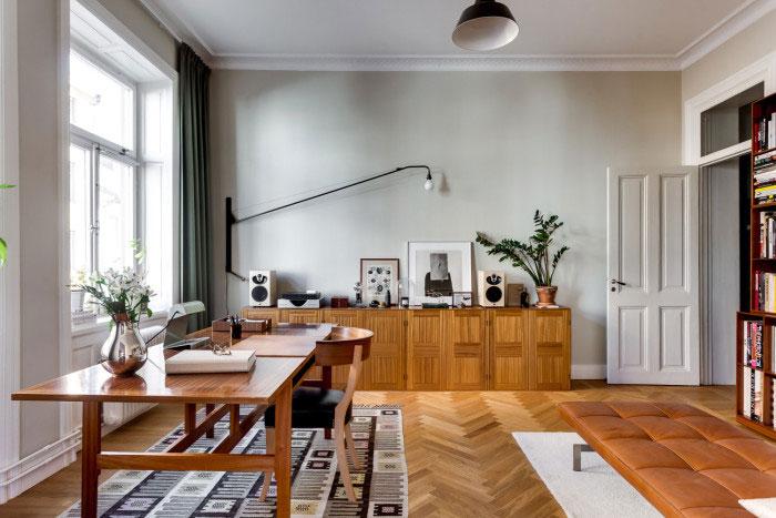 elegant-swedish-apartment-filled-with-design-classics-08