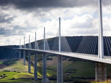 millau-bridge-GettyImages-109713745