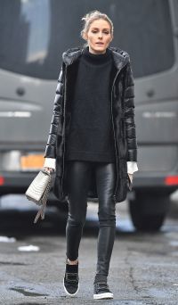 af6d524f701a675259a41b80fe471beb--casual-leggings-outfit-leather-leggings-outfit