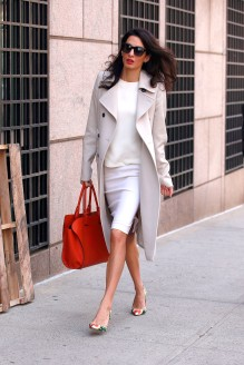 06 Apr 2015, New York City, New York State, USA --- EXCLUSIVE: Amal Clooney walks around Columbia University campus on a nice spring day in New York City. Pictured: Amal Clooney --- Image by © Splash News/Splash News/Corbis