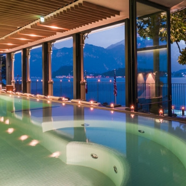mainCol_T-Spa-by-night-2