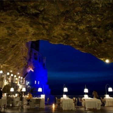 romantic-restaurant-grotto