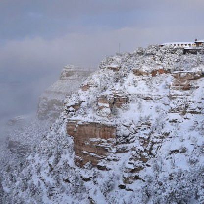 El-tovar-cr-grand-canyon-national-park