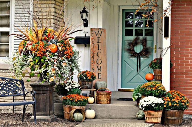 autumn decor and halloween
