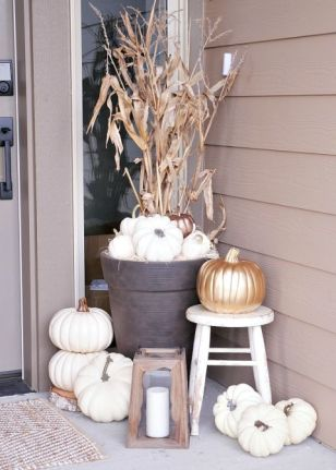white-pumpkins-on-porch