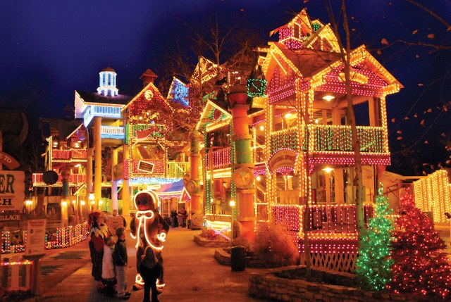 Christmas Towns.Travel Best American Christmas Towns
