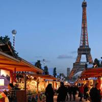 Travel: Christmas Markets in Paris
