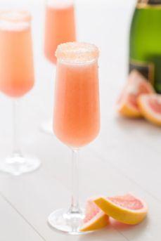 delish-grapefruit-mimosa