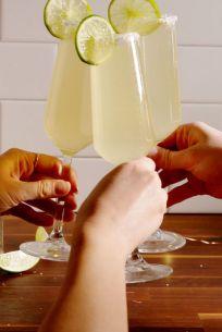 gallery-1482441447-champagne-margarita-vertical