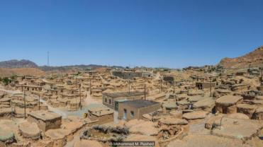 Iran's 1500 year old ancient village of little people Makhunik, is about 75km west of the Afghan border, and the way the residents lived is as if a tale from a fantasy novel