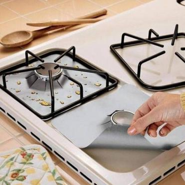 4pcs-Reusable-Glass-Fiber-Foil-Gas-Stove-Burner-Temperature-Anti-fouling-and-oil-Protector-Liner-Cleaning_1e2caebc-971e-4ad9-b2e4-970b4e569853_590x