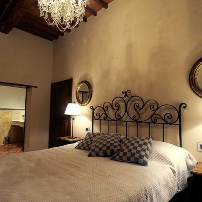 villa-laura-bedroom
