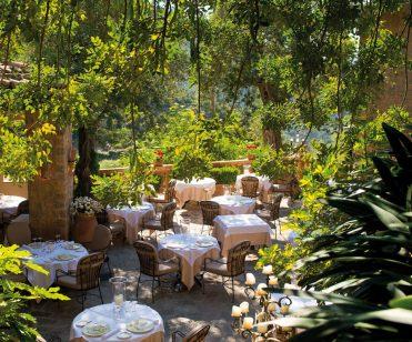 lrs-din-restaurant-el-olivo04_960x798