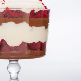 1513634666-gallery-1446494924-delish-trifle-red-velvet